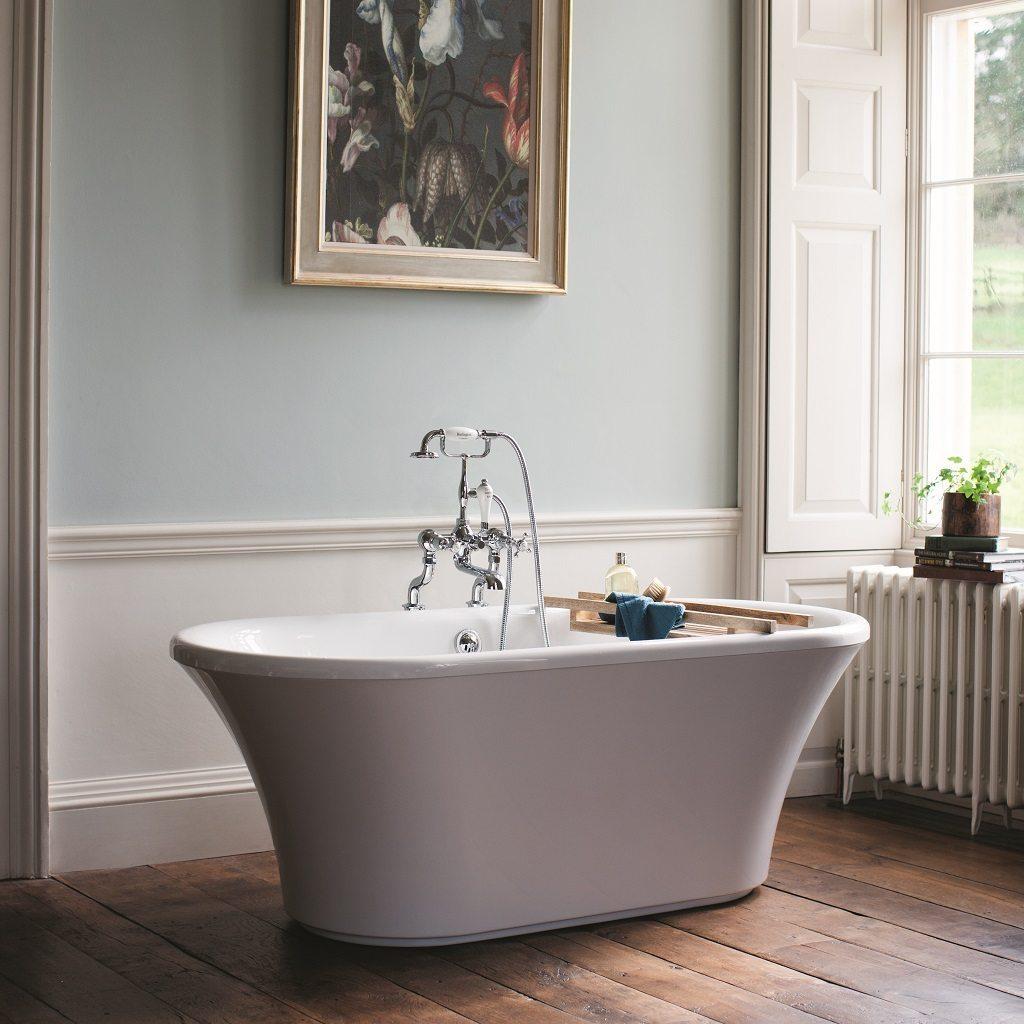 Traditional looking Burlington Brindley Soaking Tub
