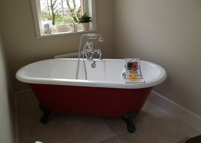 Beautiful Roll Top Bath with Shower