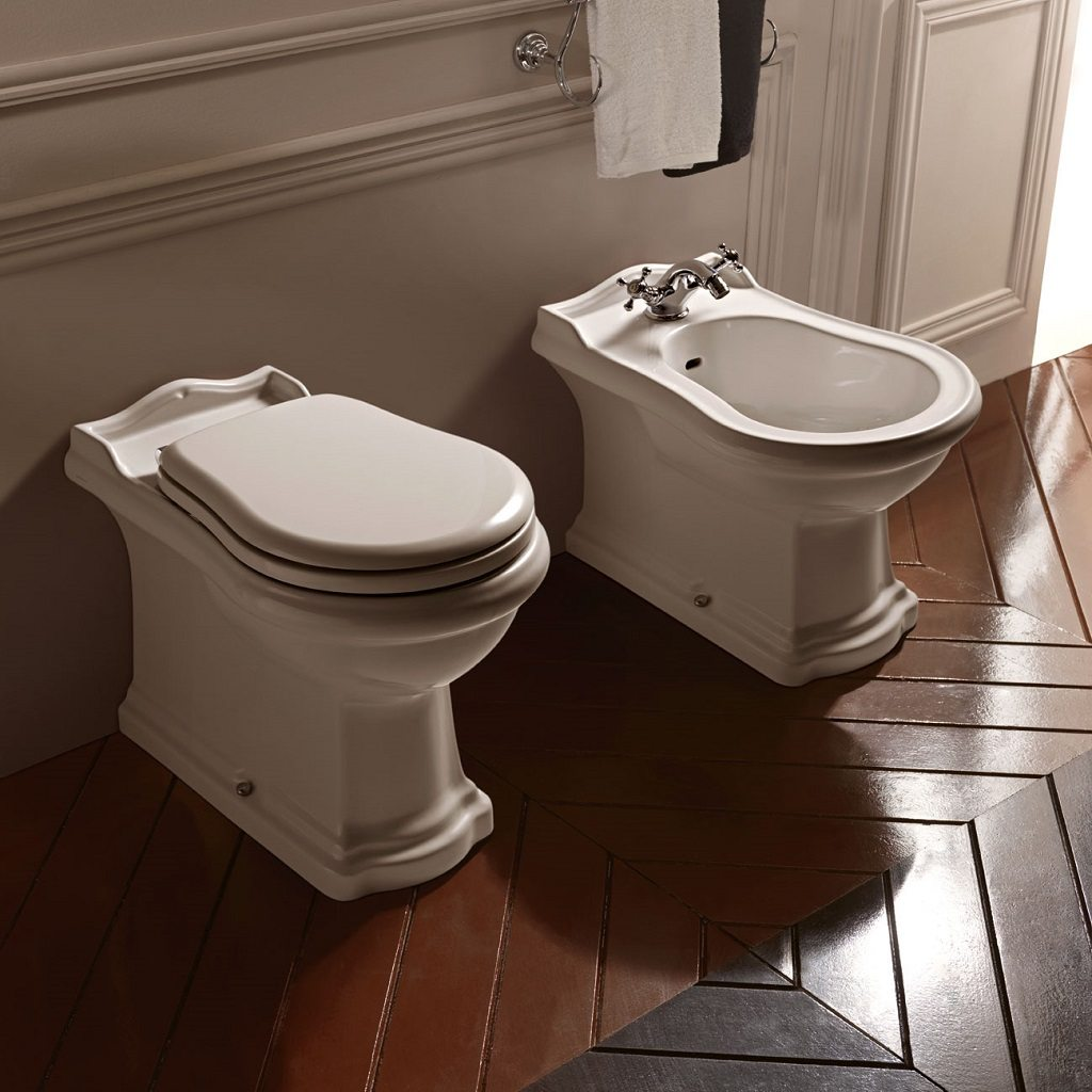 retro back to wall toilet pan from old fashioned bathrooms. Black Bedroom Furniture Sets. Home Design Ideas